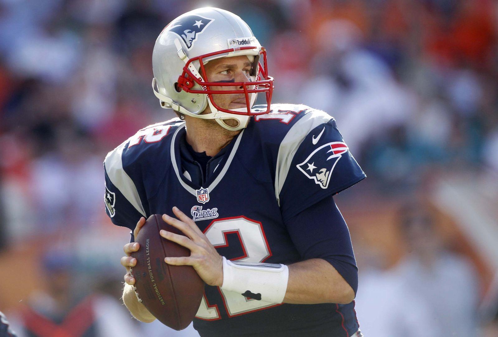 Plano Deportivo Tom Brady con esguince de rodilla ea54ae9931073